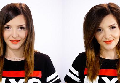dziewczyna ze zwiększoną objetością włosów uśmiecha się