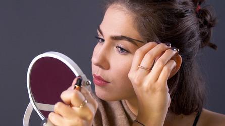 Redaktorka testuje kosmetyki Nude by Nature