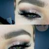 Subtelny smokey eye